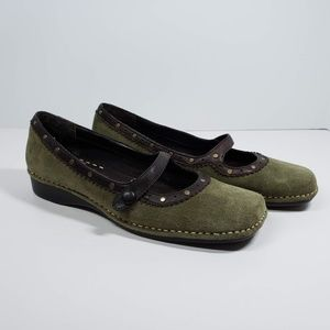 Liz Claiborne Mary Jane Shoes Green Suede Size 8.5